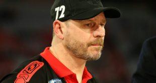 Steffen Baumgart bittet wieder zum Mannschaftstraining