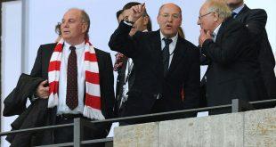 Gregor Gysi (m.) ist Anhänger von Union Berlin