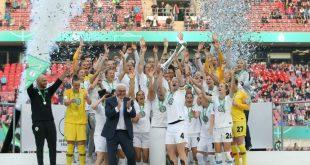 Titelverteidiger Wolfsburg trifft auf Gütersloh