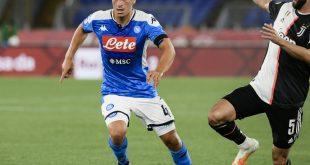 Diego Demme (l.) bezwang Juventus mit Neapel