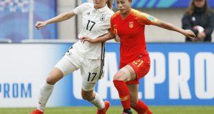 U20-Nationalspielerin Sjoeke Nüsken (l.) fällt aus