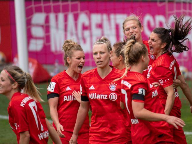Bayern München müht sich zum 2:0 gegen Jena