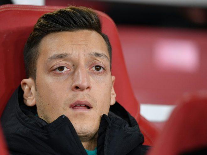 Mesut Özil steht gegen Sheffield United nicht im Kader