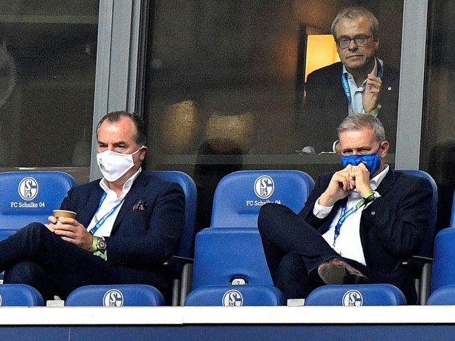 Peters (oben rechts) verlässt Bundesligist Schalke 04