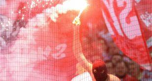 Klage abgeschmettert: Vereine haften für Pyrotechnik