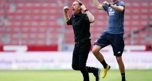 Niko Bungert (r.) war als Co-Trainer eingesprungen