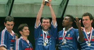 Held des Abends: Doppeltorschütze Zinedine Zidane (m.)