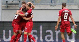 Würzburg jubelt spät und steigt in die 2. Liga auf