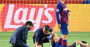 Messi (r.) musste nach einem Zweikampf behandelt werden