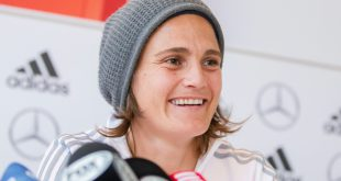 Nadine Angerer unterstützt die Protestaktionen