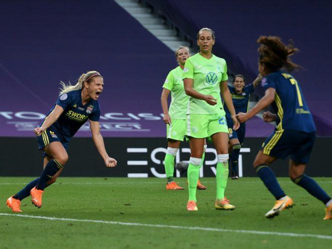 Wolfsburg muss sich Lyon im CL-Finale geschlagen geben