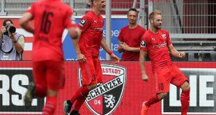 Beister (r.) trifft gegen seinen Ex-Klub KFC Uerdingen