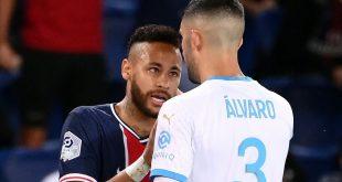 Gonzalez und Neymar (l.) gerieten aneinander