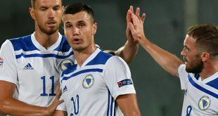 Punktgewinn gegen Italien: Dzeko (l.) und Bosnien-Herzegowina