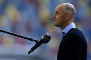 Seit März ist Heiko Herrlich Cheftrainer vom FC Augsburg
