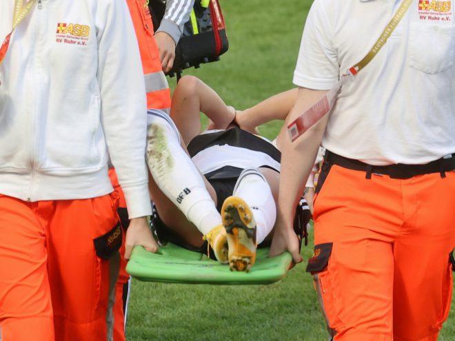 Verletzte sich im Spiel gegen Irland: Giulia Gwinn