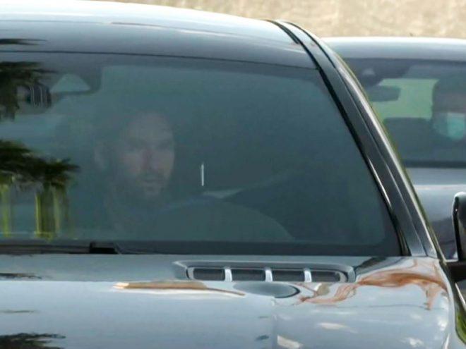 Messi erscheint zum Training beim FC Barcelona