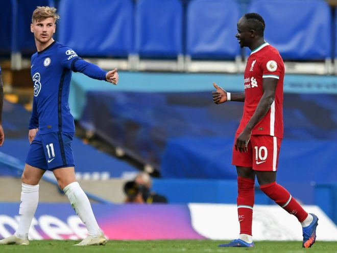 Timo Werner gratuliert Liverpools Sadio Mane
