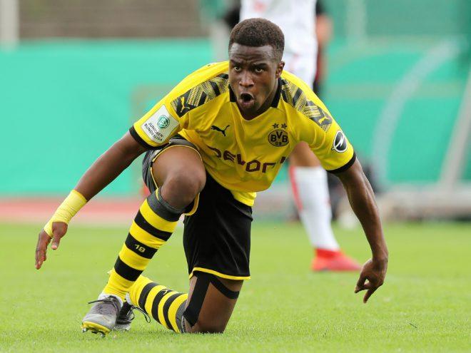 Youssoufa Moukoko trifft gegen Rot-Weiss Essen viermal