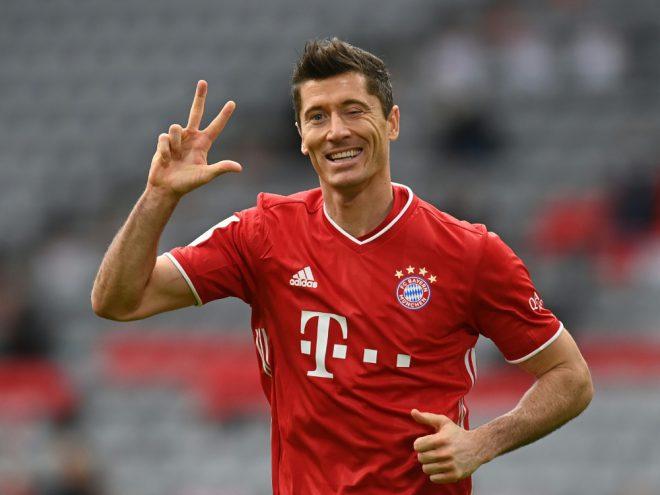 Stürmer Lewandowski trifft gegen Frankfurt dreifach