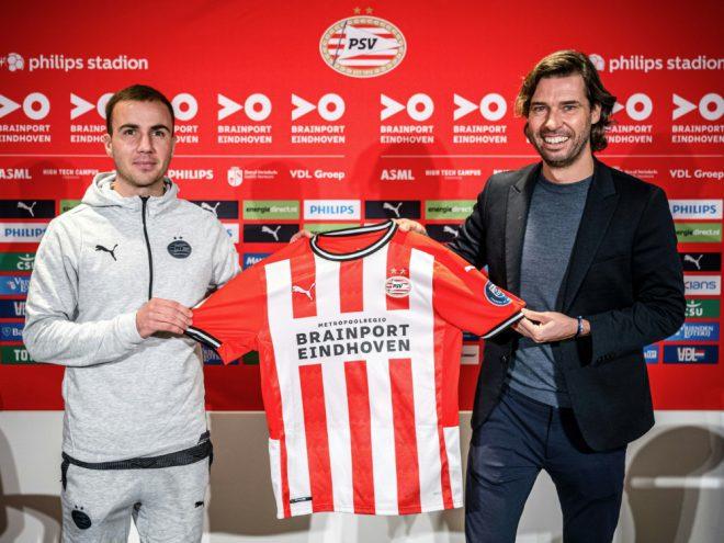 Mario Götze (l.) traf bei seinem PSV-Debüt zum 1:0