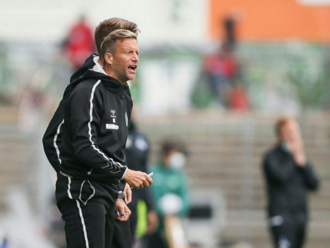 Trainer Rolf Landerl holte den ersten Sieg mit Lübeck