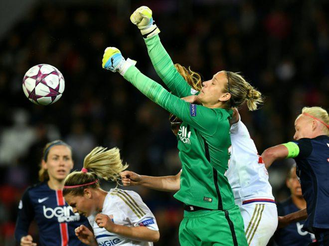 Fehlt gegen England im Tor: Ann-Katrin Berger