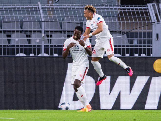 Mainz-Stürmer Mateta (l.) erzielt einen Hattrick