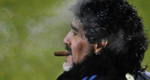 Neben dem Platz fiel Maradona oftmals durch Skandale auf
