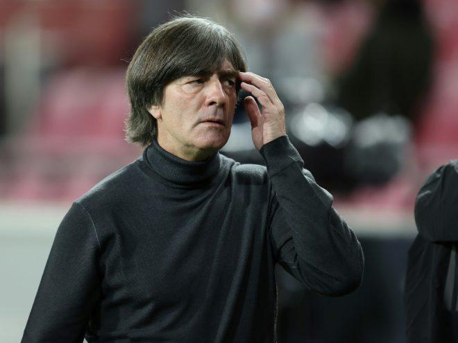 Löw kämpft um seinen Job als Bundestrainer