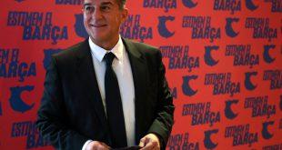 Joan Laporta platziert Wahlplakat vor Real-Stadion