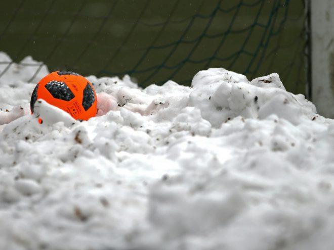 Wintereinbruch führt zu Spielabsage