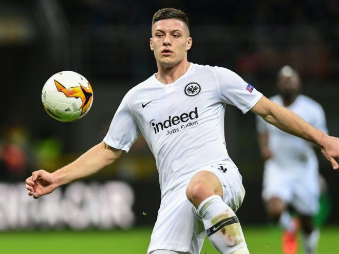 Jovic kehrt auf Leihbasis zu Eintracht Frankfurt zurück