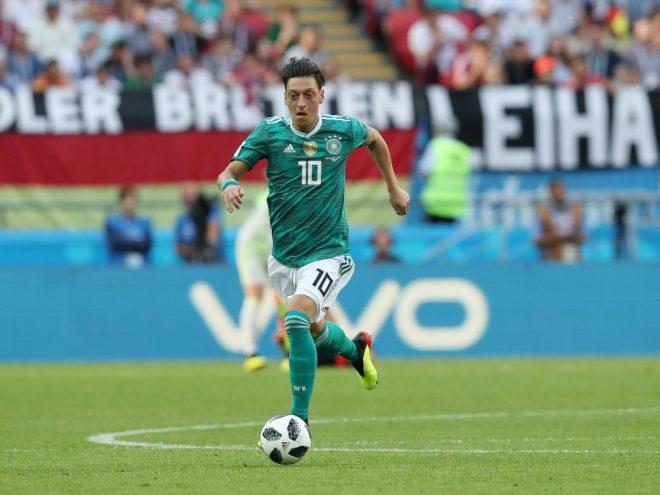 Özil kehrt deutscher Nationalmannschaft den Rücken zu