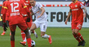 Patrik Schick sichert Leverkusen den Sieg