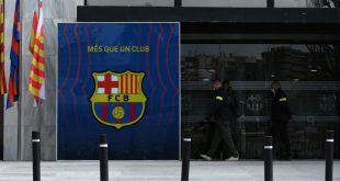 Beamte durchsuchen Büroräume des FC Barcelona