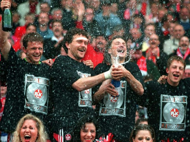 Jubel bei Kaiserslautern nach der Meisterschaft 1998