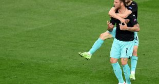 Die Österreicher gewinnen ihr erstes Spiel mit 3:1