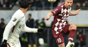 Podolski denkt noch nicht ans Karriereende