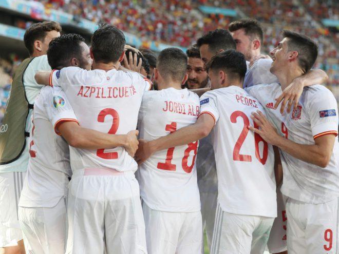 Spanien feiert ersten Sieg und steht im Achtelfinale