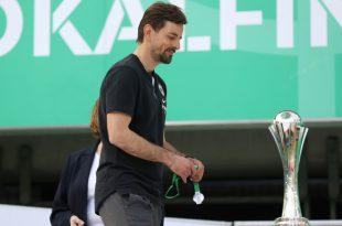 Niko Arnautis verlängert bis 2024 in Frankfurt