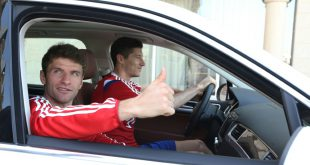 Einige FCB-Profis fahren künftig elektrische Dienstwagen
