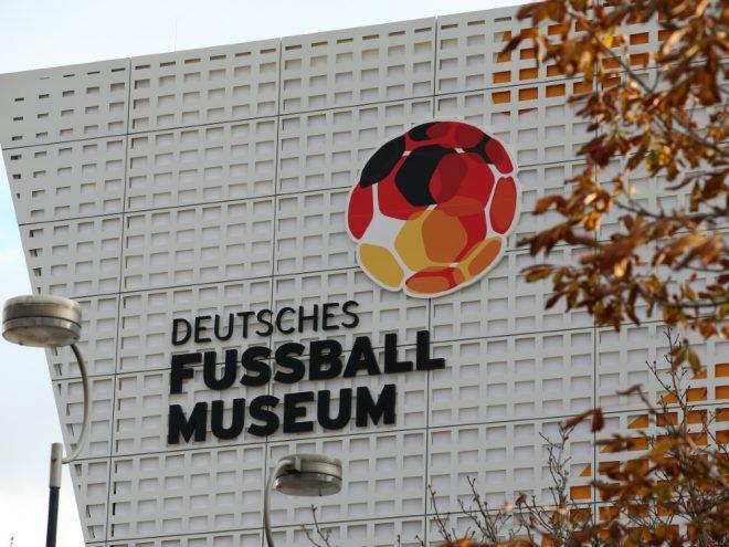 Gedenken an Gerd Müller im Fußballmuseum Dortmund
