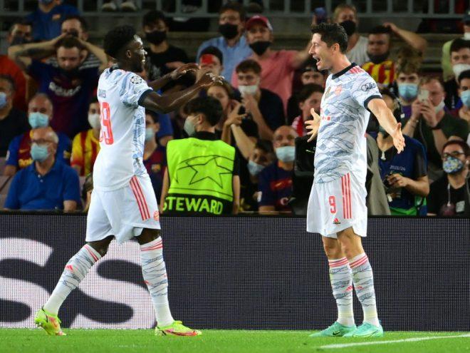 Bayern und Lewandowski gewinnen souverän in Barcelona