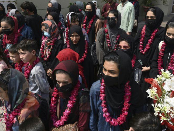 Afghanische Fußballerinnen konnten nach Pakistan fliehen