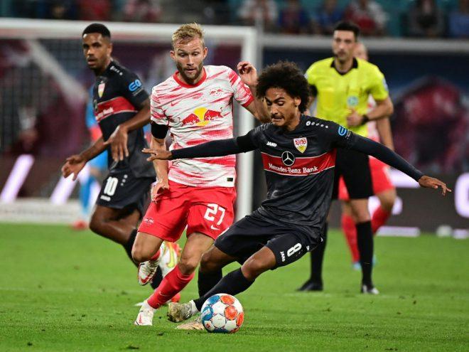 Verletzung beim VfB: Enzo Millot (r) fehlt einige Wochen