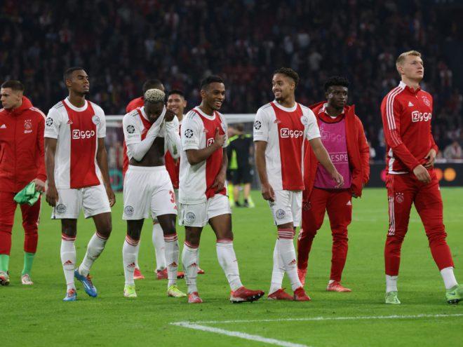 Ajax Amsterdam zerlegt den Tabellenzweiten aus Eindhoven